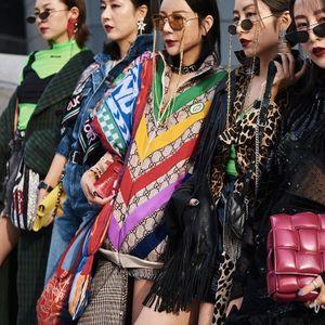 Тренд: чанти со штепови – најубави дизајнерски модели!
