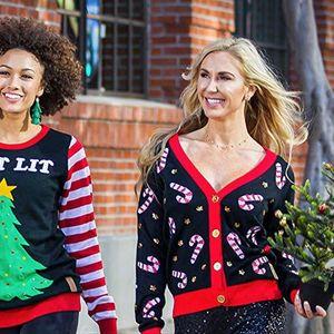 Грдите Божиќни џемпери се хит на сезоната!