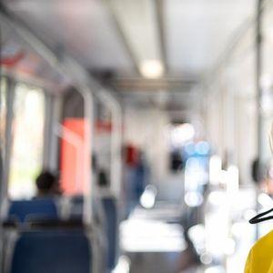 Германија: Раст на новоинфицирани, 150 евра за неносење маска во јавен превоз