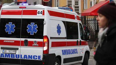 U PRETHODNOJ NOĆI 4 SAOBRAĆAJNE NESREĆE, 1 PAD SA VISINE: Muškarac (52) teško povređen pri padu