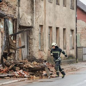 """TUTNJAVA I TRESKA TRAJALI PAR SEKUNDI"": Novi zemljotres pogodio područje PETRINJE"