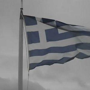 OTVARAJU SE KAFIĆI I UKIDAJU ZABRANE: Sezona kreće 15. maja, šta vas čeka ako odete u Grčku