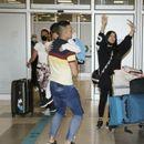 STIGLI U BEOGRAD! Tanja sa svojim SINOVIMA ide kroz NOVE POBEDE: Na aerodromu VEOMA EMOTIVNO!