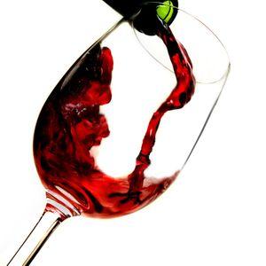 ŠTA JE ZAPRAVO TAČNO: Da li čaša vina zaista pomaže zdravlju ili ima potpuno suprotan efekat?
