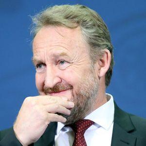IZETBEGOVIĆ OTKRIO GDE JE BIO TOKOM RATA U SARAJEVU: Tvrdi da je PREDVIDEO RAT još 1986!