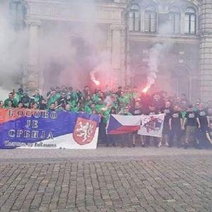 PAKLENE SCENE U ČEŠKOJ: Albanci sa Kosova neće moći da spavaju posle ovoga što su im priredili češki navijači!