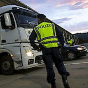 CELA AUSTRIJA JE U ŠOKU: Kada vidite šta je austrijska policija pronašla u kamionu iz BIH, OSTAĆETE BEZ TEKSTA