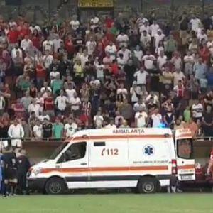 KOJI JE REZULTAT? IZBEGNUTA NESREĆA: Trener doživeo srčani udar na utakmici!