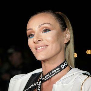ANABELINA NAJMLAĐA SESTRA JE DIPLOMIRANI PSIHOLOG: Pevačica objavila njenu fotku i oduševila NJENOM LEPOTOM!
