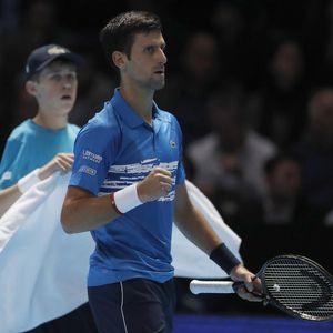 TEŠKO DA MOŽE BOLJE OD OVOGA: Rastopićete se kada vidite kako se Nole sprema za Federera!