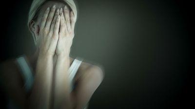 8 JEZIVIH MENTALNIH BOLESTI KOJE SE JEDVA PREPOZNAJU: Ovo su SIMPTOMI neizlečivih poremećaja psihe