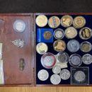 CARINICI SU PRONAŠLI 1 SUMNJIVU TORBU: Unutra je bila kolekcija SATOVA, ZLATO, DIJAMANTI I SMARAGDI