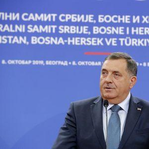 IZETBEGOVIĆ I KOMŠIĆ ŽELE DA SRUŠE VUČIĆA: Dodik ponovo uzburkao BiH, rekao da je Banjaluka VUČIĆEV GRAD