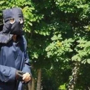 HRVATI U ŠOKU: Misteriozni maskirani čovek harao na biralištu u Zagrebu, ovo još nije viđeno!