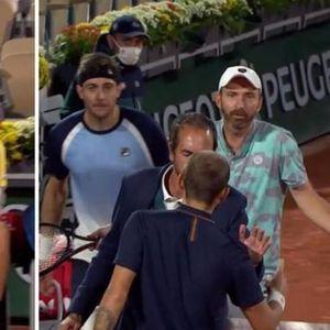 NE VRIŠTI MI U FACU: Novi skandal na Rolan Garosu, sudija razdvajao tenisere da se ne pokolju!