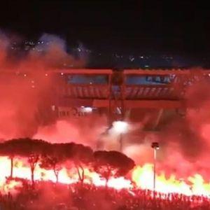 NAVIJAČI KRSTILI STADION DIJEGO ARMANDO MARADONA: Pogledajte samo ove scene iz Napulja!