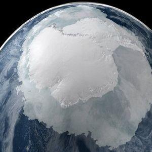 """Обратни """"реки"""" ги топат ледените гребени на Антарктикот"""