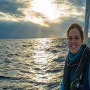 300 жени пловат низ светот и собираат пластика од океаните
