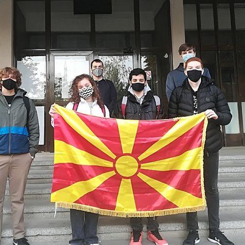 Бронзен медал и пофалница освоија македонските средношколци на Балканската олимпијада по физика
