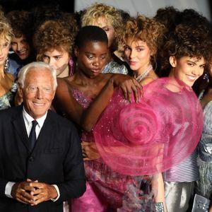 Армани: Стил, красота и женственост за работещите дами – Галерия