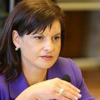 Дариткова: Радев да не прехвърля отговорността си за НСО на друг