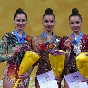 Звездите на руската гимнастика – близначките Аверини ще участват на европейското във Варна