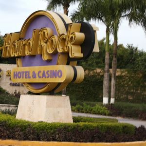 Hard Rock Hotel in Dominican Republic to remove liquor dispensers after tourist deaths