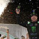 Kurt Busch wins NASCAR Cup race at Kentucky after a wild overtime battle with Kyle Busch