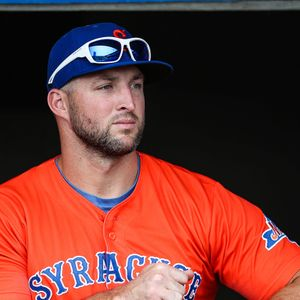 Struggling in the minors, Tim Tebow still bringing the buzz to every stadium