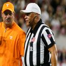 Tennessee coach Jeremy Pruitt yanks QB's facemask after critical fumble against Alabama