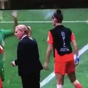 Каде исчезна фер-плејот? Холанѓанки не ѝ даваа вода на фудбалерка на Камерун