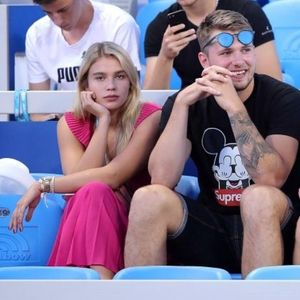 ФОТО: Дончиќ ужива во тенис на НБА паузата и навива за сонародниците