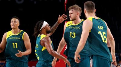 Австралија го издржа налетот на Италијанците и остана перфектна во Токио