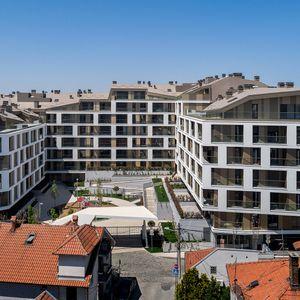 Kosi krovovi kao identitet kompleksa Merin Hill u Beogradu