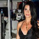 Crna haljina je pun pogodak, ali gde je Aleksandra Jeftanović kupila ove sandale?