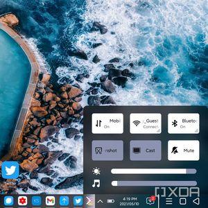 Почти като Windows: сгъваемият смартфон на Xiaomi получи десктоп интерфейс за Android