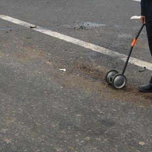 STRAVIČNA SAOBRAĆAJNA NESREĆA KOD MLADENOVCA: Škoda udarila u mešalicu, vozač na mestu mrtav