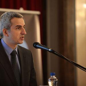 ANDREJA MLADENOVIĆ O PREGOVORIMA POLITIČKIH STRANAKA: Dijalog da, ali bez evropskih posrednika!