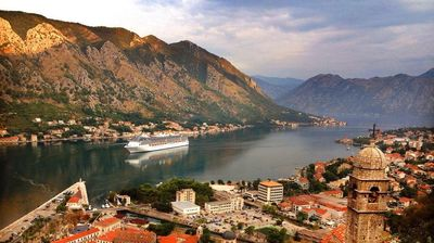 PAPRENE CENE NEKRETNINA U CRNOJ GORI: Kuće u Kotoru i do 1,5 miliona evra, a evo KOLIKO KOŠTA KVADRAT u ostalim primorskim gradovima!