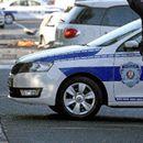 UŽAS U RUMI, JEDNA OSOBA TEŽE POVREĐENA: Voz naleteo na drumsko vozilo koje se provlačilo između SPUŠTENIH RAMPI!