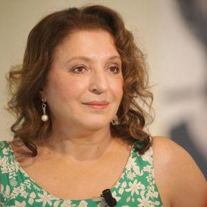 MIRJANA KARANOVIĆ SE TRANSFORMISALA: Glumica pokazala šta se dešava iza kamere na snimanju filma o Tomi!