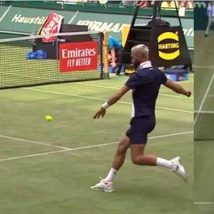 RONALDO, GLEDAJ I UČI! Conga na sred teniskog meča sa rivalom počeo da igra fudbal! Ono što su Francuzi pokazali je potpuno NESTVARNO!