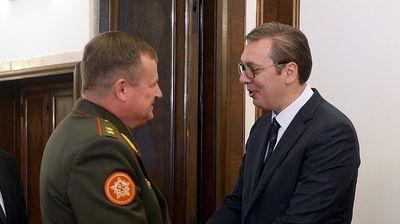 VAŽAN SASTANAK NA ANDRIĆEVOM VENCU: Vučić s ministrom odbrane Belorusije