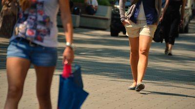 HITNO UPOZORENJE METEOROLOGA! Naredna 2 dana izuzetno visoke temperature širom Srbije NE IZLAZITE NAPOLJE BEZ PREKE POTREBE