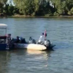 DRAMA NA DUNAVU U VUKOVARU: Otac i sin (7) upali u vodu zbog pijanog vozača, čamac nastavio nekontrolisano da se vrti!