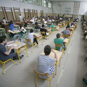 POČEO DRUGI KRUG MALE MATURE: Prijavilo se 600 osmaka, danas test iz srpskog jezika, sutra matematika