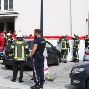 ULETEO AUTOM U LJUDE ISPRED CRKVE: Devojčica (4) i žena (45) izašle posle nedeljne službe i završile pod točkovima, dete podleglo povredam u u bolnici!