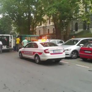 KOMUNALNA POD ROTACIJOM OD RANE ZORE U AKCIJI: Pogledajte šta se jutros dešavalo u Kosovskoj! (KURIR TV)