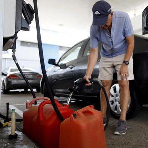 HAPŠENJE U ZRENJANINU: Osumnjičen da je bez dozvole hteo da prodaje benzin i ulje