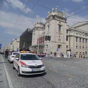 ZATVARA SE JEDNA TRAKA U FRANCUSKOJ ULICI: Do četvrtka obustavljen saobraćaj zbog radova na Trgu republike